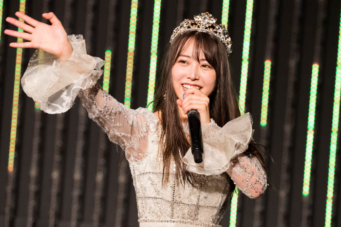 NMB48 白間美瑠、卒業公演でアイドル活動に幕「皆さんの笑顔をずっと守り続けます」