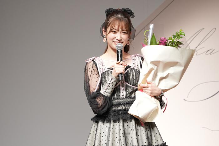 吉田朱里がNMB48卒業後初のバースデーイベントを開催!