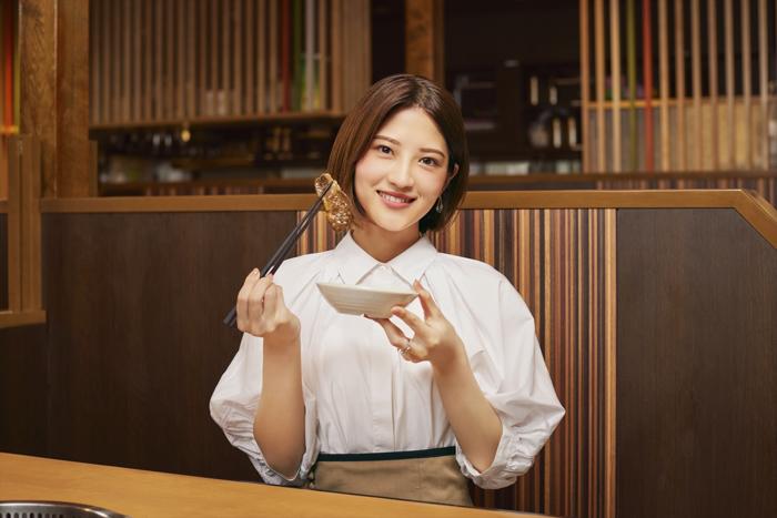 若月佑美出演の『焼肉きんぐ』新CMが放映スタート