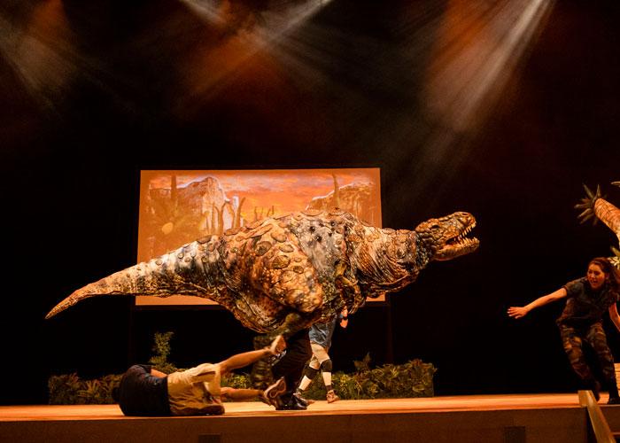 リアル恐竜ショー全国ツアー開催中