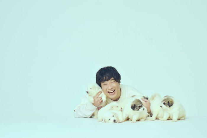岡崎体育、約2年9か月ぶりとなるオリジナルアルバム発売決定! MVも緊急公開