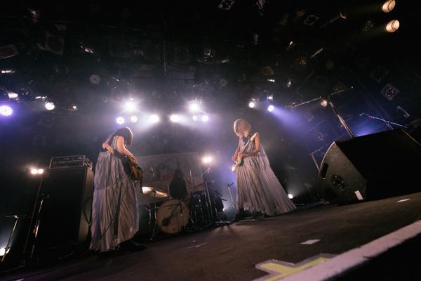木下百花、新曲のタイトルは「えっちなこと」!? ツアーファイナルで 7月30日にデジタルシングルリリースを発表!