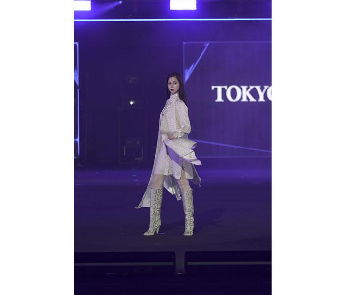 女優・中条あやみがクールなイメージでTGC 2021 A/Wトップバッターで登場!<第33回 マイナビ 東京ガールズコレクション 2021 AUTUMN/WINTER>
