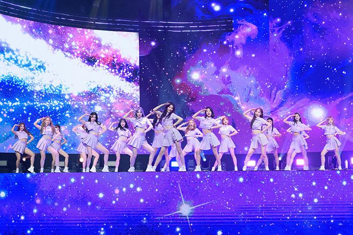 【写真特集】Girls Planet 999(ガールズプラネット)が『KCON:TACT HI 5』でライブパフォーマンス!