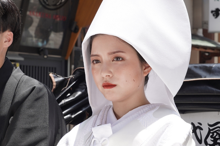 川島海荷が「家、ついて行ってイイですか?」に出演!白無垢姿が尊いと話題