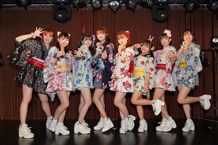 アップアップガールズ(2)、ツアー東京公演で新曲リリースを発表
