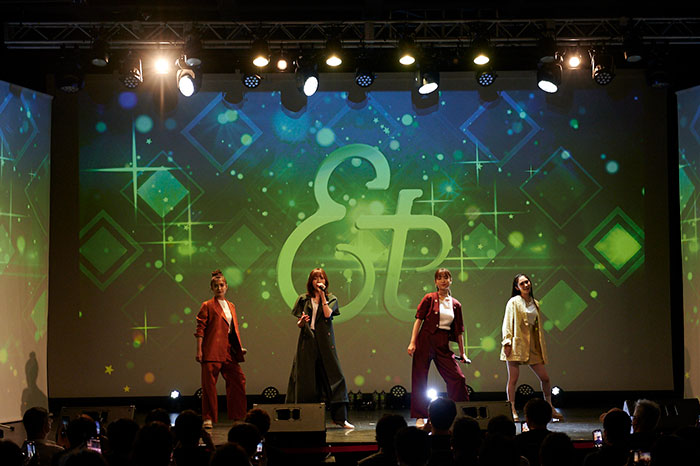 元SKE48 野島樺乃率いる女性ボーカルグループ et-アンド-が初のワンマンライブを開催