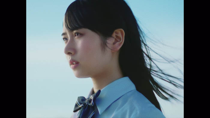 日向坂46 上村ひなのセンター曲『何度でも何度でも』MVが解禁