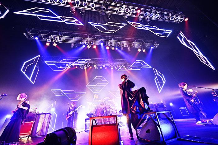 lynch.、「TOUR'21-ULTIMA-」のホール公演初日の様子が映像作品で蘇る