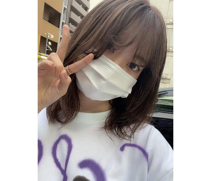 宮脇咲良、マスク越しから伝わる美顔ショットにファン歓喜