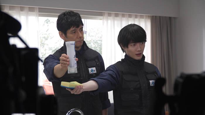 西島秀俊と神木隆之介が新CMで極秘の『ジョイ特殊部隊』に変身