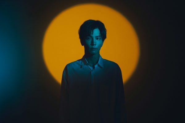 三代目JSB 岩田剛典、ソロデビューシングル収録の『Let Me Know』MVがプレミア公開決定