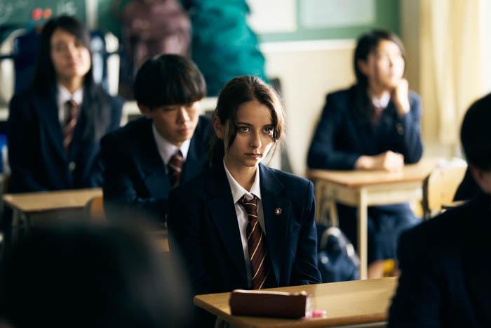 嵐莉菜、初めての映画出演で初主演 国籍に悩みを持つ少女を演じる