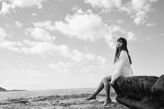FAKY・AKINA、『愛に溺れた過去の自分』を描いた新曲リリースを発表