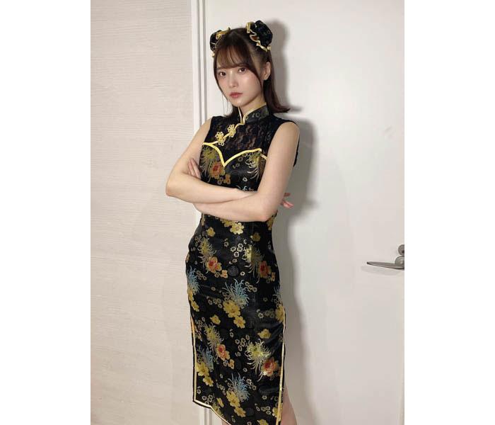 新谷姫加、『お強い』黒チャイナ服で美麗スタイル披露