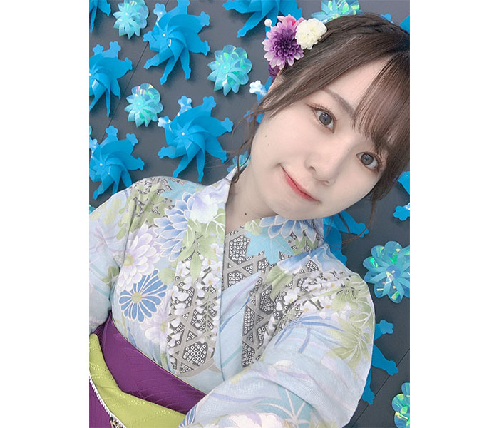 SKE48 青木詩織、生写真の浴衣自撮りショットに「可愛い」の声ぞくぞく!!