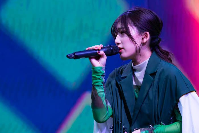 【ライブレポート】宮川愛李、配信ライブで変幻自在な歌声を届ける