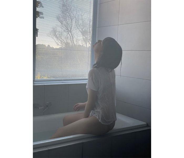 山田南実のしっとり&神々しい背中が美しすぎる!!